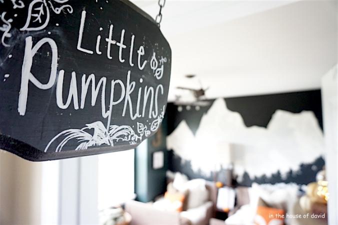 #FallTour #Kids room #Mountain room #decoratingforfall #fall #decor