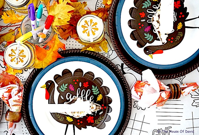 #thanksgiving #thanksgivingkidtable #diy #thanksgivingdinner #thanksgivingmeals #falldinner #kidplacesettings #thanksgivingplacecards #thanksgivingfeels #fallfeels #thanksgivingmeal #kidplacesettings #kidplacecards #mayflowerplacecards