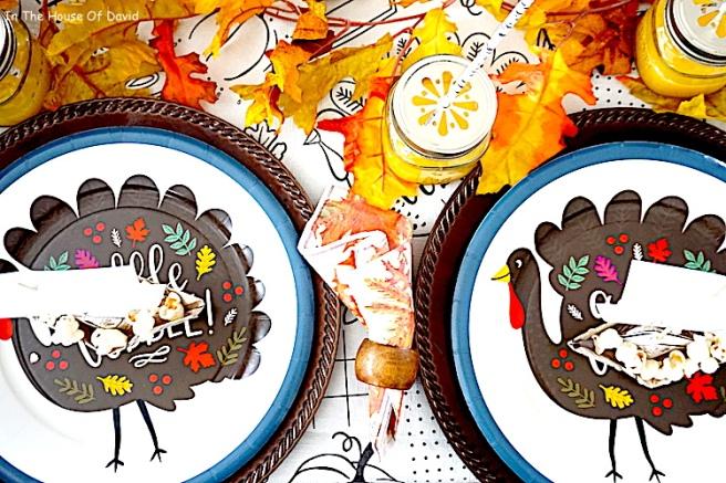 #thanksgiving #thanksgivingkidtable #diy #thanksgivingdinner #thanksgivingmeals #falldinner #kidplacesettings #thanksgivingplacecards #thanksgivingfeels #fallfeels #thanksgivingmeal #kidplacesettings #kidplacecards #mayflowerplacecards